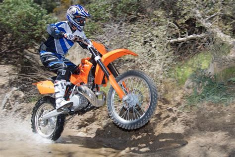 Ktm 300cc 2 Stroke 2006 Ktm 300 Xc W Review Two Stroke Test