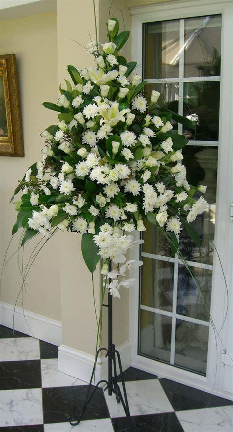 Flower Pedestal Image Gallery Pedestal Arrangements
