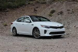 Kia Optima Pictures 2016 Kia Optima Drive