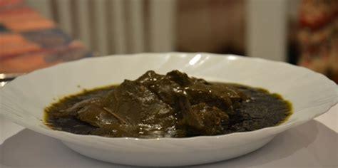 cuisine tunisienne en vid駮 recette mloukhia tunisienne feuille de cor 232 te en poudre