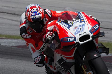test ducati motogp your questions answered on casey stoner s motogp return