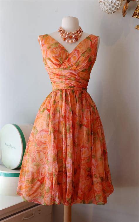 xtabay vintage clothing boutique portland oregon color