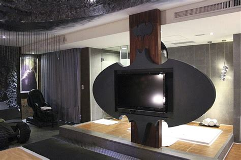 theme hotel at taiwan to the batcave robin taiwan hotel offers ultimate bruce