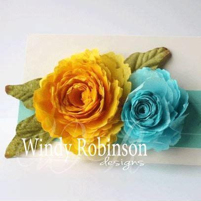 Show How To Make Paper Flowers - here i will show you how to make paper flowers with this