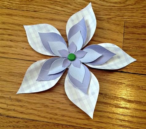 How To Make A 3d Flower With Paper - how to make 3d paper flowers the easy free way