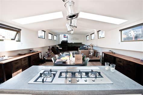 woonboot harderwijk binnenkijken op een woonboot interior junkie