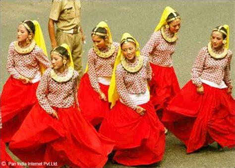 culture of sikkim dances of sikkim sikkim art craft