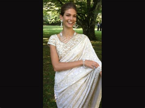 Kendra Royal supermodel kendra wears indian designer for royal wedding