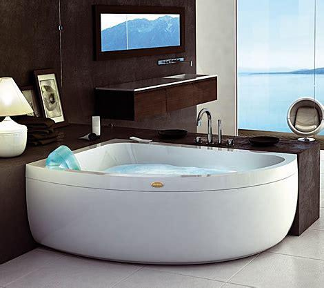 corner jacuzzi bathtubs corner garden tub and whirlpool from jacuzzi