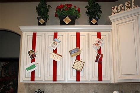 How Do You Put A Gift Card On Amazon - how to hang christmas cards on a ribbon chrismast cards ideas