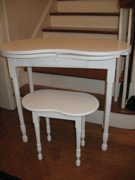 Kidney Shaped Vanity Stool by Vintage Kidney Shaped Vanity Dressing Table Desk And