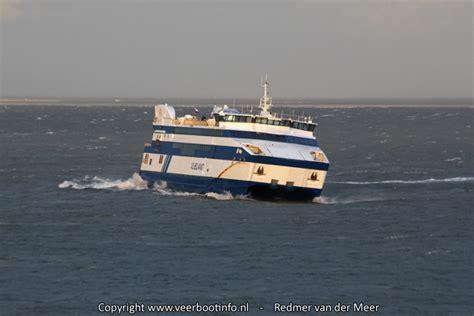 boot ameland storm foto s veerboten trotseren de storm 171 veerbootinfo nl