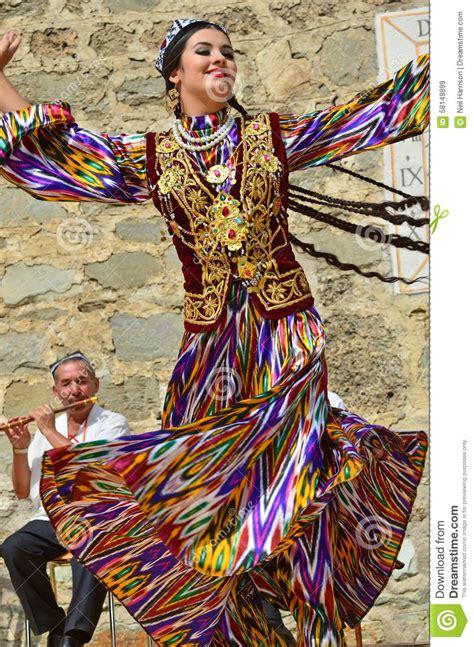 uzbek girl uzbekistan dance cultural pinterest girls and uzbekistan dancers editorial stock image image of cime