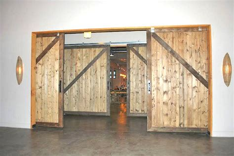 Building A Sliding Barn Door Sliding Barn Doors Large Sliding Doors