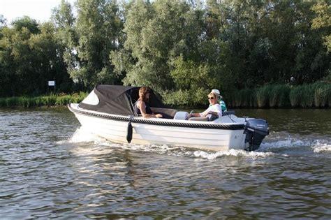 kajuitboot huren biesbosch bij watersport botenverhuur kunt u een fantastische sloep