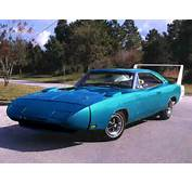 1970 Plymouth Superbird Vs 1969 Dodge Charger Daytona