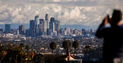 los angeles tourism launches  agent training