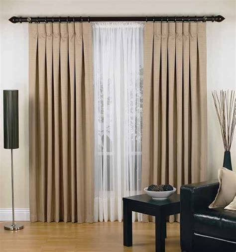 Shabby Chic Livingrooms pleats tabs eyelets figure out the curtain heading to