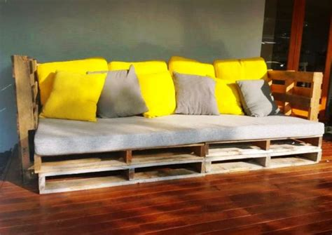 turn couch into outdoor furniture twenty six ways to turn pallets into outdoor furniture