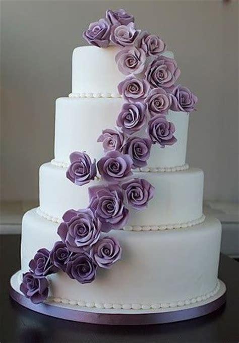 Hochzeitstorte Lila by Purple Wedding Cake Wedding Cakes Juxtapost