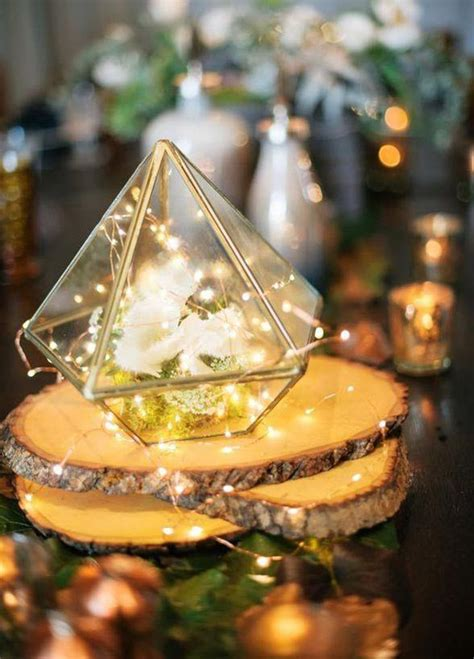 wedding centerpieces with lights 25 best ideas about lighted centerpieces on