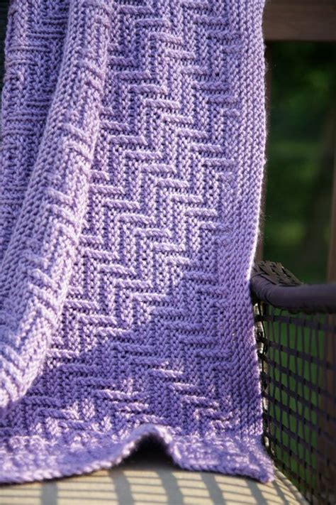 free zig zag knit pattern ziggy zaggy reversible baby blanket adult afghan throw