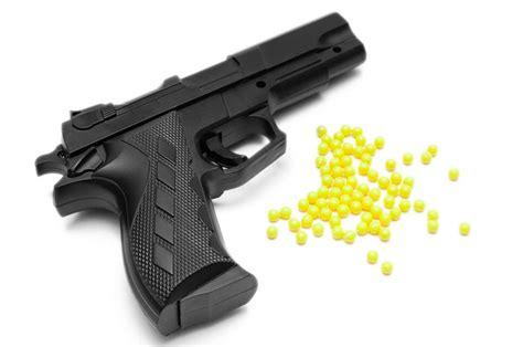Mainan Anak Pistol Air Tanggung Termurah seorang anak nyaris buta terkena mainan pistol berpeluru