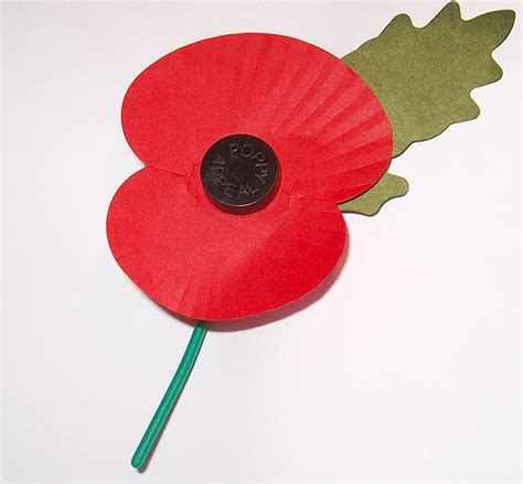 Paper Poppies - file royal legion s paper poppy white background