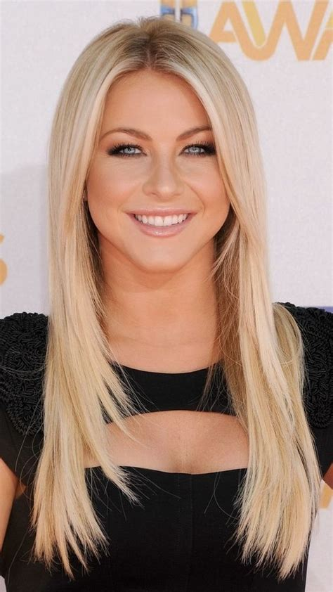 8 Actresses In Fancy Shorts Can You Pull These by Can I Pull Julianne Hough Bob Wedding Hairstyles For