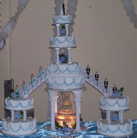 17 Best ideas about Fountain Wedding Cakes on Pinterest