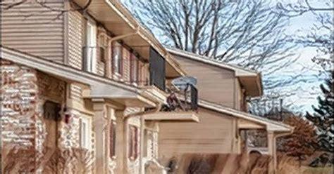 lowes naperville illinois lowe enterprises buys naperville apartment