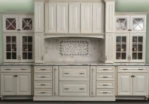 kitchen cabinet outlets kraftmaid cabinets outlet warren ohio roselawnlutheran