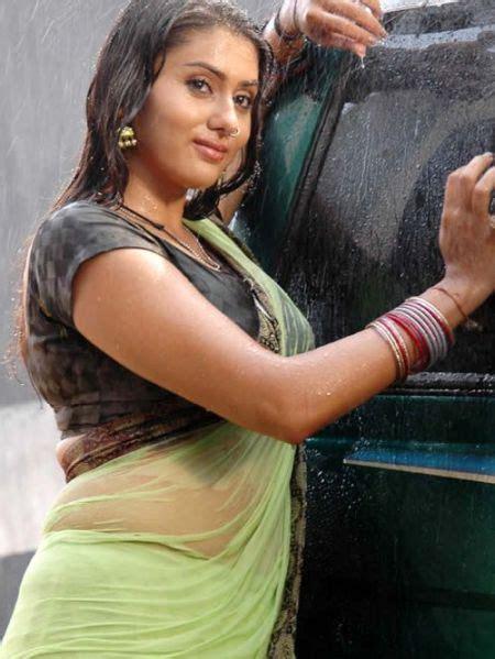 zebra biography in hindi indian actress wet blouse pics silk blouses