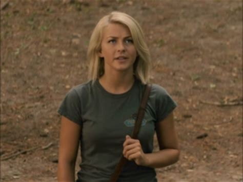 katie safe haven hair safe haven julianne hough on the story trailers