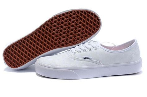 what are canvas shoes shoes