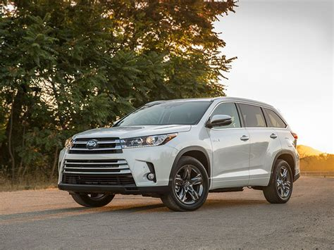 2016 toyota highlander hybrid road test and review