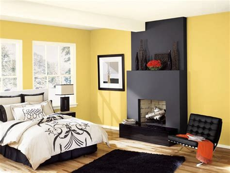 Black And Gold Area Rug 20 Sophisticated Black And Yellow Bedrooms Home Design Lover