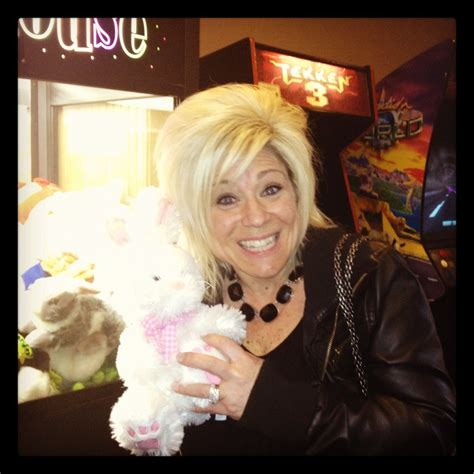 theresa caputo cost for reading theresa caputo reading hairstylegalleries com