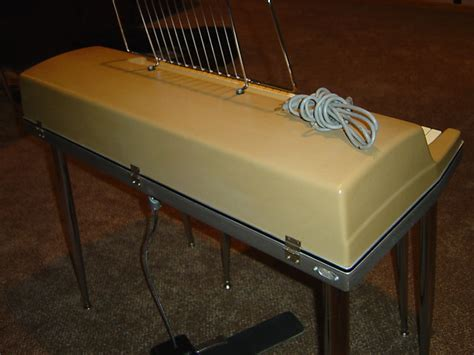 electric piano bench vintage wurlitzer 200 206 beige electric piano with bench