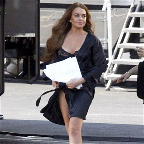 Lindsay Lohan Needs The Toilet by Lindsay Lohan In The Dumps Toilet Troubles The