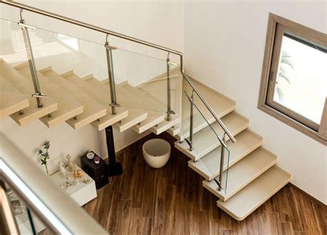 scale rivestite in legno per interni scale a giorno per interni moderne e su misura in quarzo
