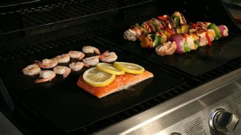 Kertas Lapisan Panggangan Bbq Grill Mat Reusable easy barbeque grill mat kertas pemanggang bbq black jakartanotebook
