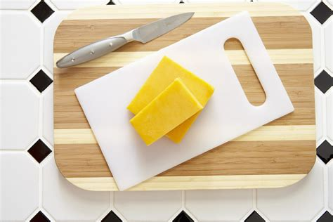 Whats Better Wood Or Plastic Cutting Boards by Wood Vs Plastic Cutting Boards Which Is Better