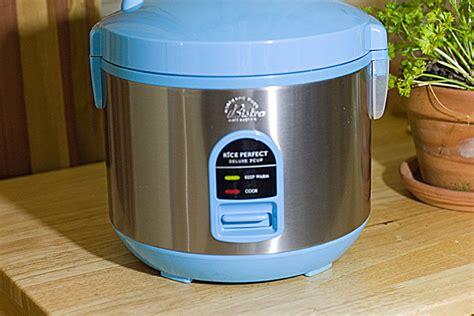 Denpoo Dmj 88 G Rice Cooker 1 8 L pasta in a rice cooker the midnight baker