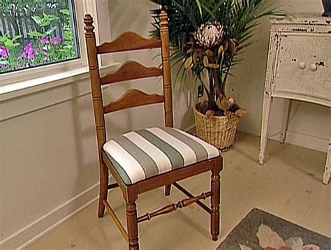 How To Reupholster Kitchen Chairs by How To Reupholster A Seat Pad Recover Chairs Chairs And