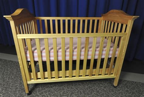 30 Percent Rise In Arizona Infant Sleeping Deaths Baby Cribs Chicago