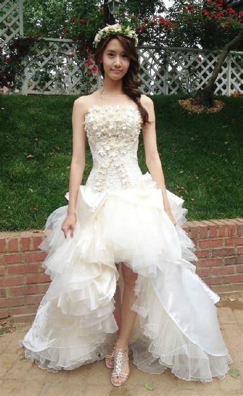 Wedding Dress Kpop by South Korea S Kpop And Yoona Wearing A