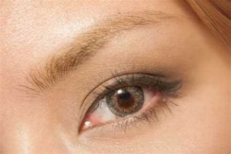 comfortable contact lenses freshlook colorblends are the world s bestselling cosmetic