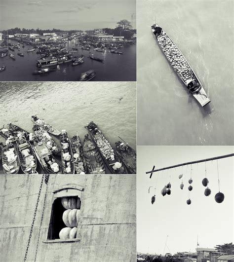 calendar  vietnam floating market  behance