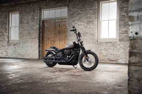 street motorcycle 2018 harley davidson street bob review totalmotorcycle